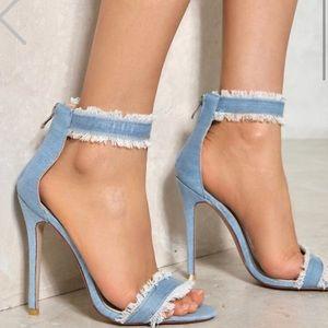 ALERT!!! 🔥 Denim heels 🔥